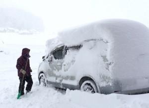 雪とクルマ